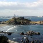 蕪島と海岸